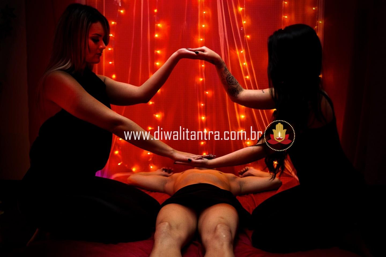 Massagem Tântrica 4 mãos